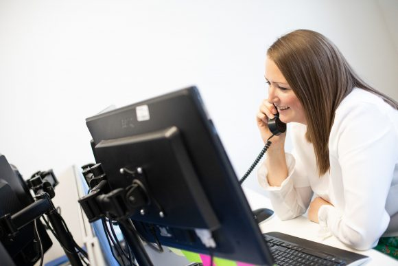 IT Support Help Desk Taking a an IT Service Enquiry Ticket | IT Support Oxford | Firstline IT